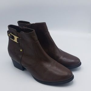 Unisa cognac leather ankle booties